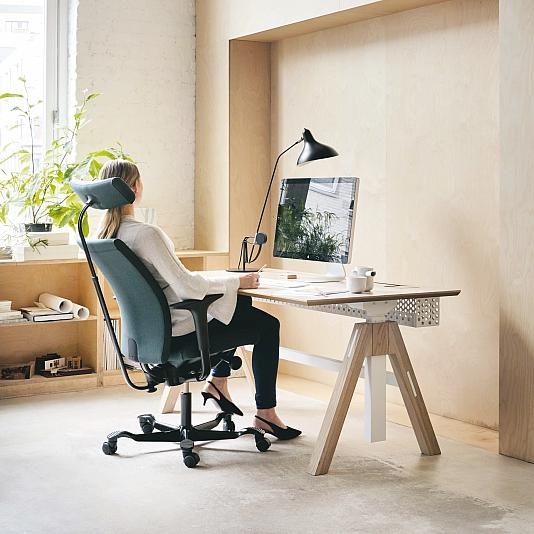 Creed_desk_headrest